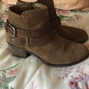 Ankle boots Sonoma